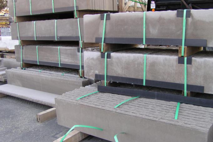 Limestone Treads